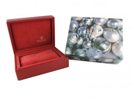 Rolex_cushion_box_ladies